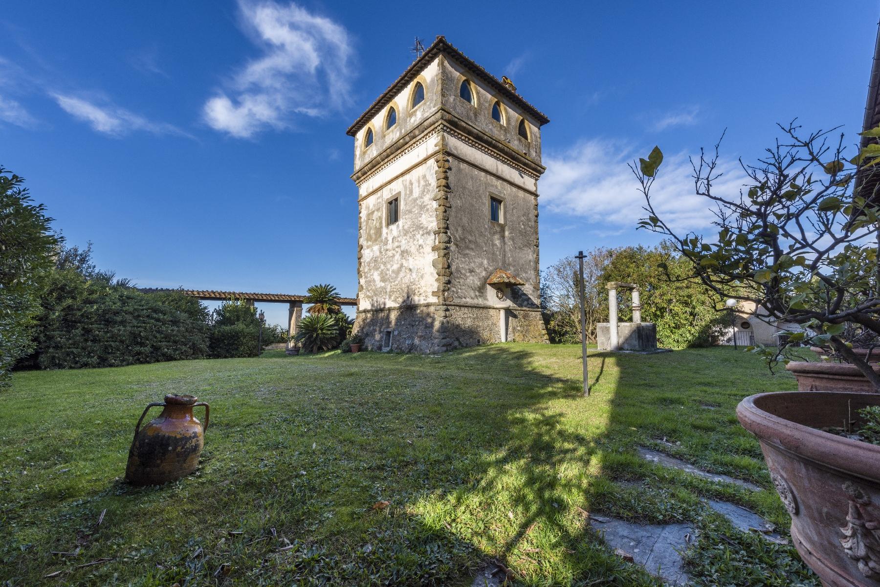 Villa in Vendita a Camaiore: 5 locali, 2800 mq - Foto 10