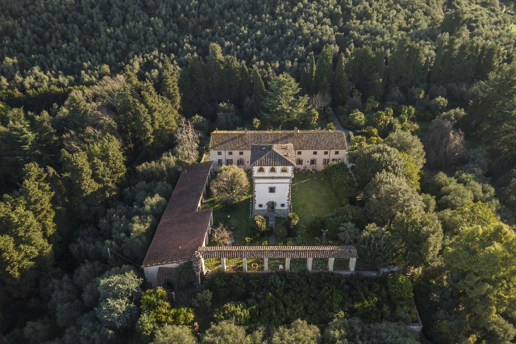 Villa in Vendita a Camaiore: 5 locali, 2800 mq - Foto 30