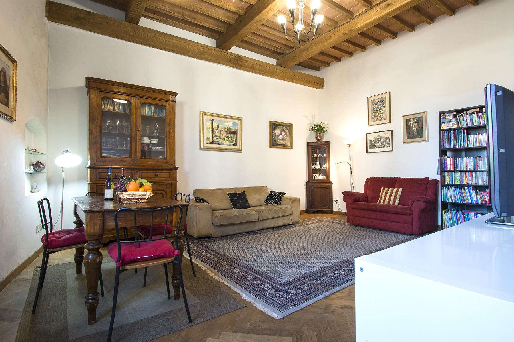 Appartamento in Vendita a Lucca: 5 locali, 190 mq - Foto 2