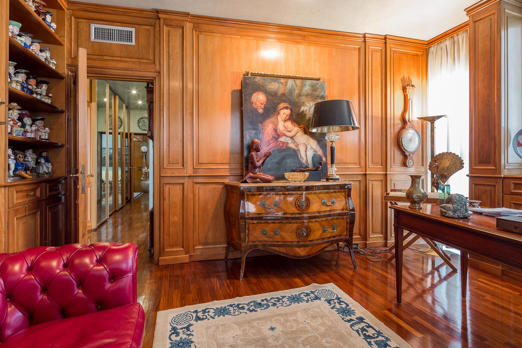 Appartamento in Vendita a Milano: 4 locali, 180 mq - Foto 2