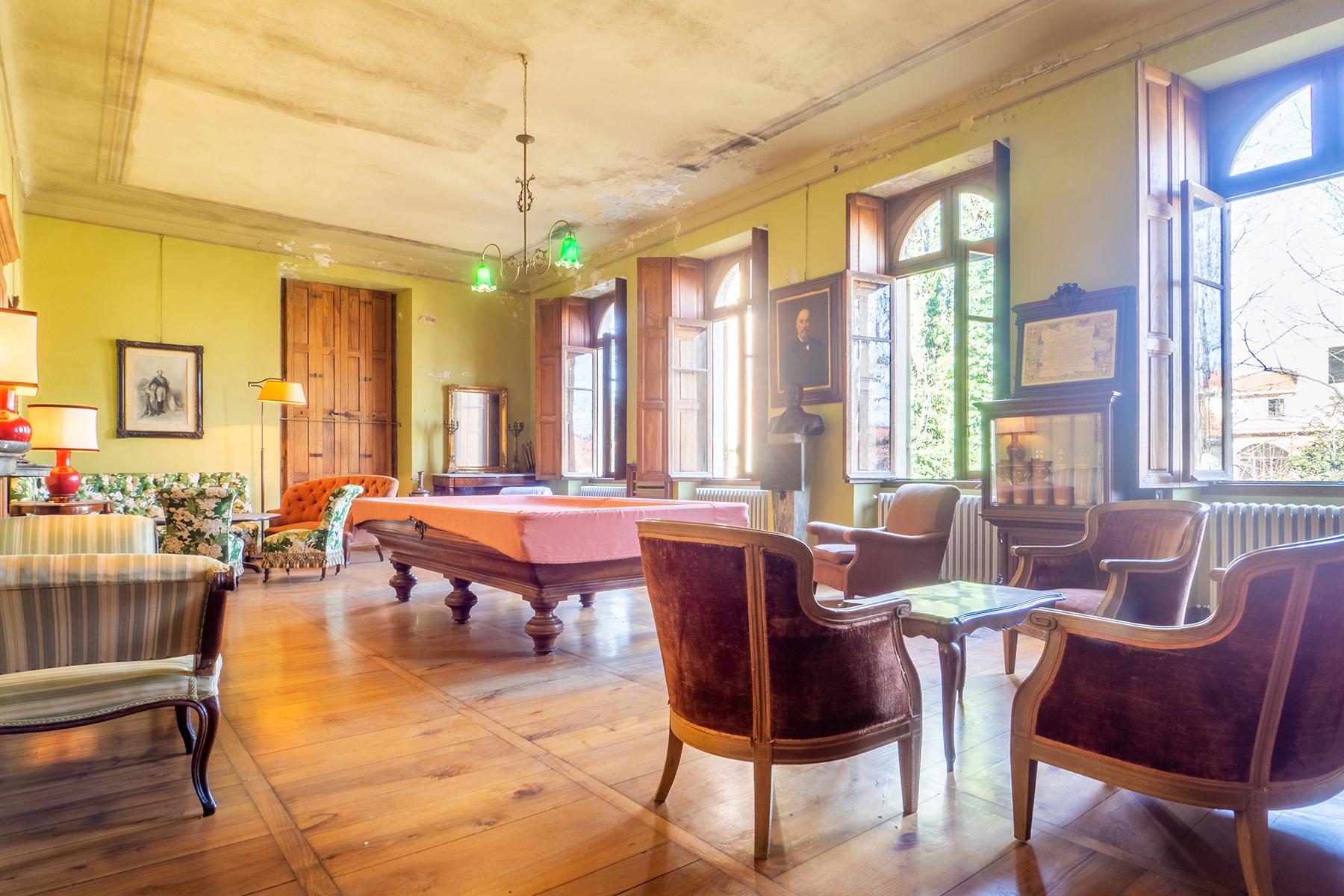 Villa in Vendita a Cavour: 5 locali, 600 mq - Foto 2