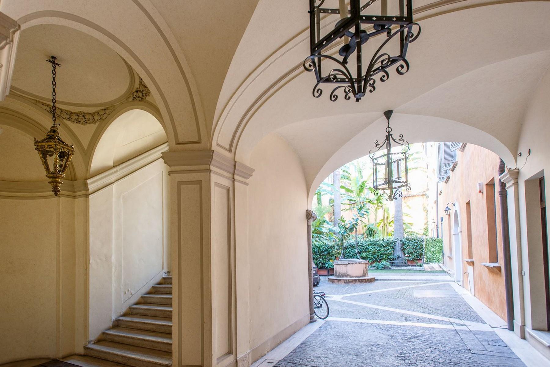 Appartamento in Vendita a Roma: 5 locali, 750 mq - Foto 13