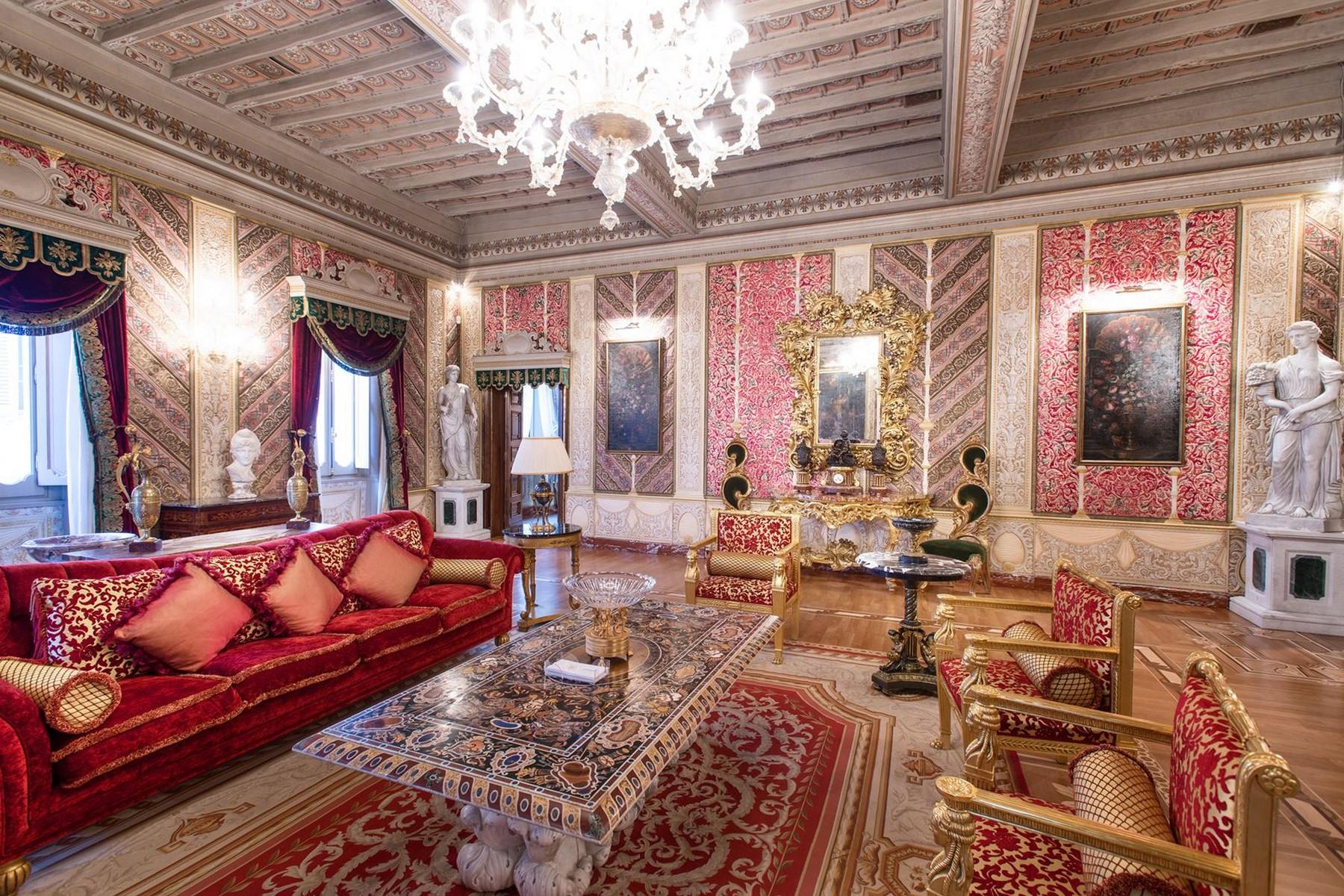 Appartamento in Vendita a Roma: 5 locali, 750 mq - Foto 4