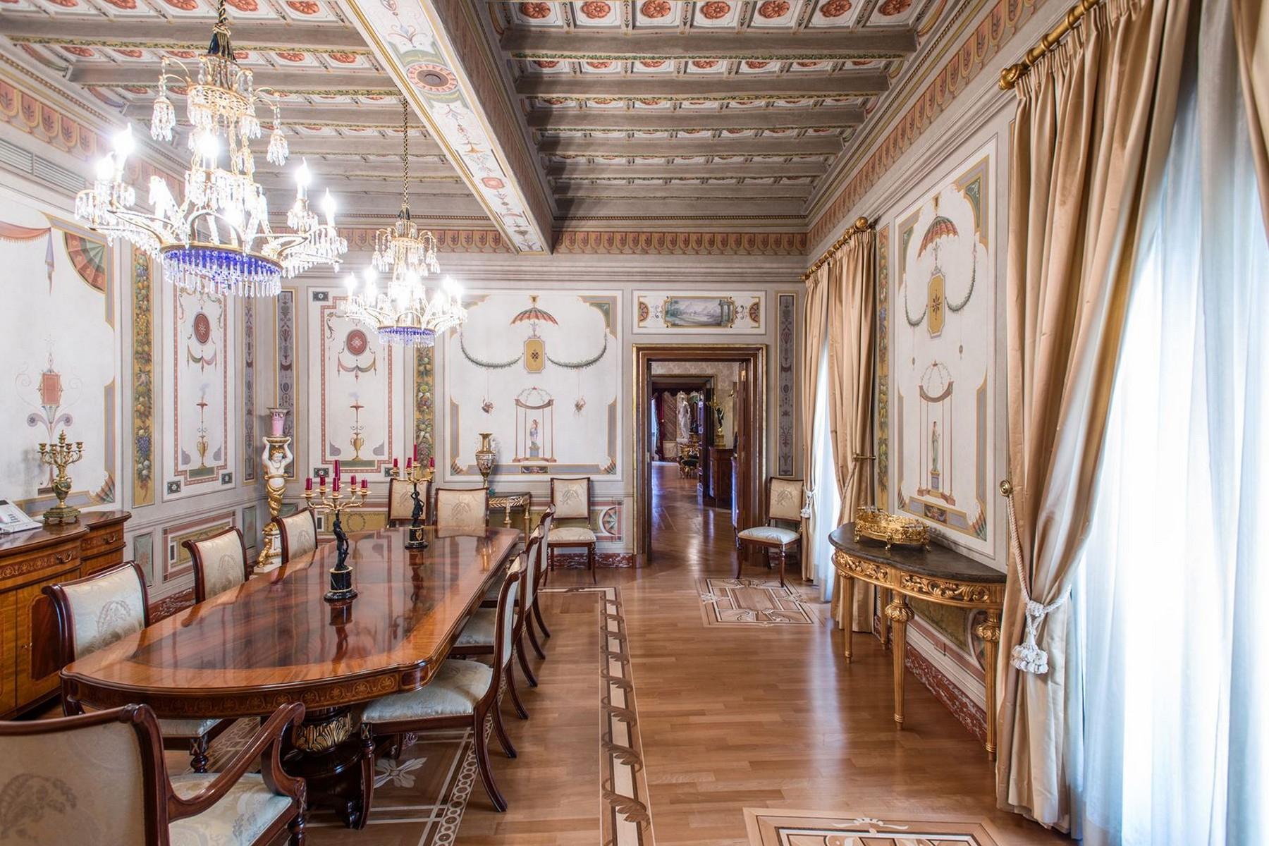 Appartamento in Vendita a Roma: 5 locali, 750 mq - Foto 19