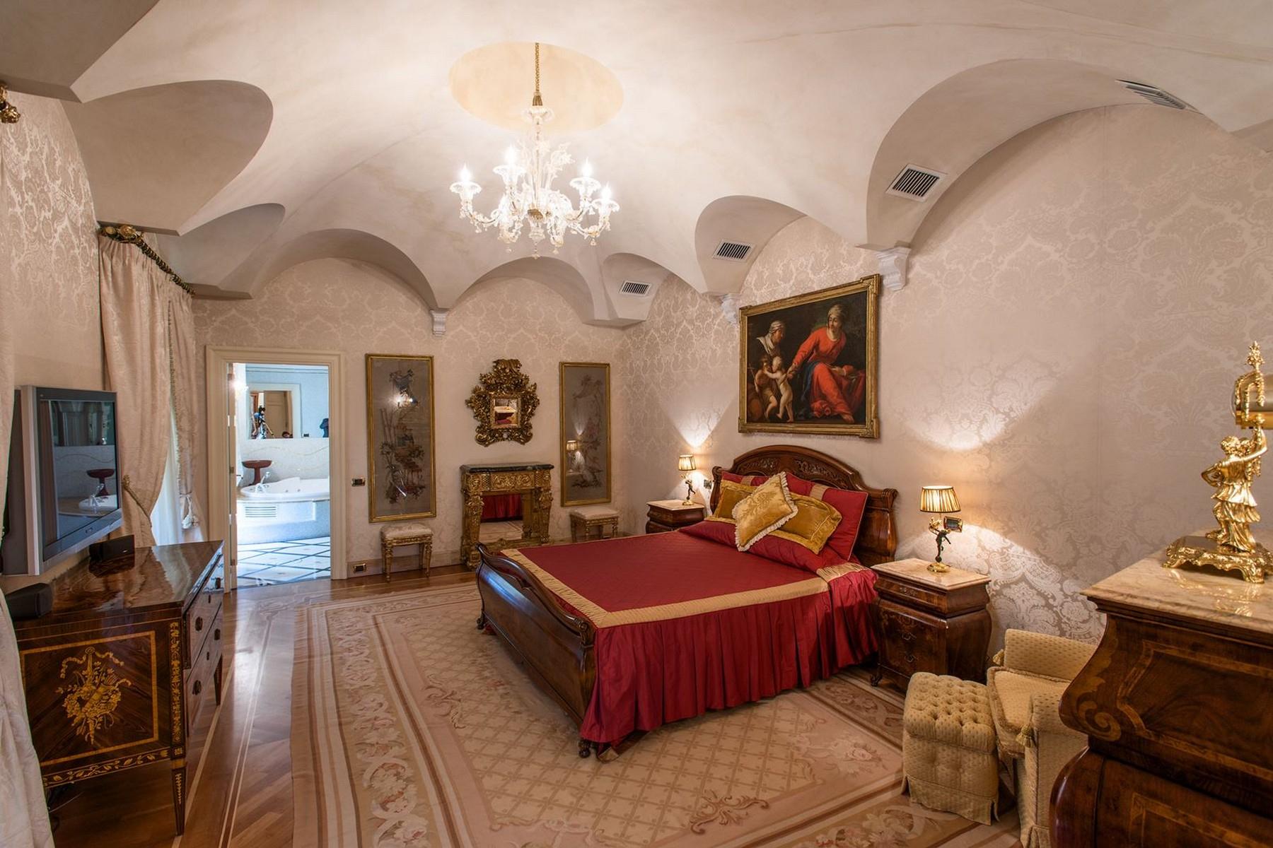 Appartamento in Vendita a Roma: 5 locali, 750 mq - Foto 22