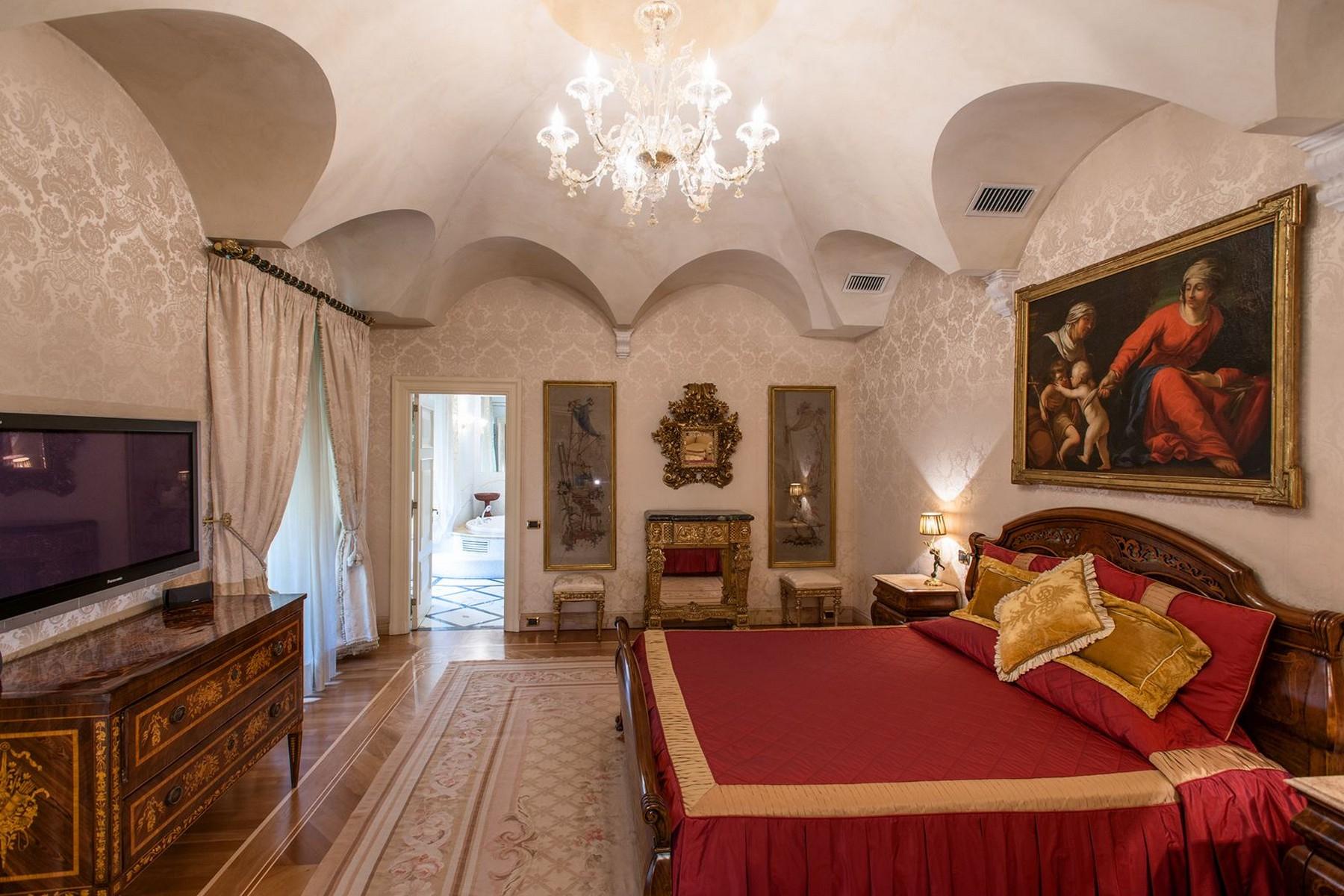 Appartamento in Vendita a Roma: 5 locali, 750 mq - Foto 23