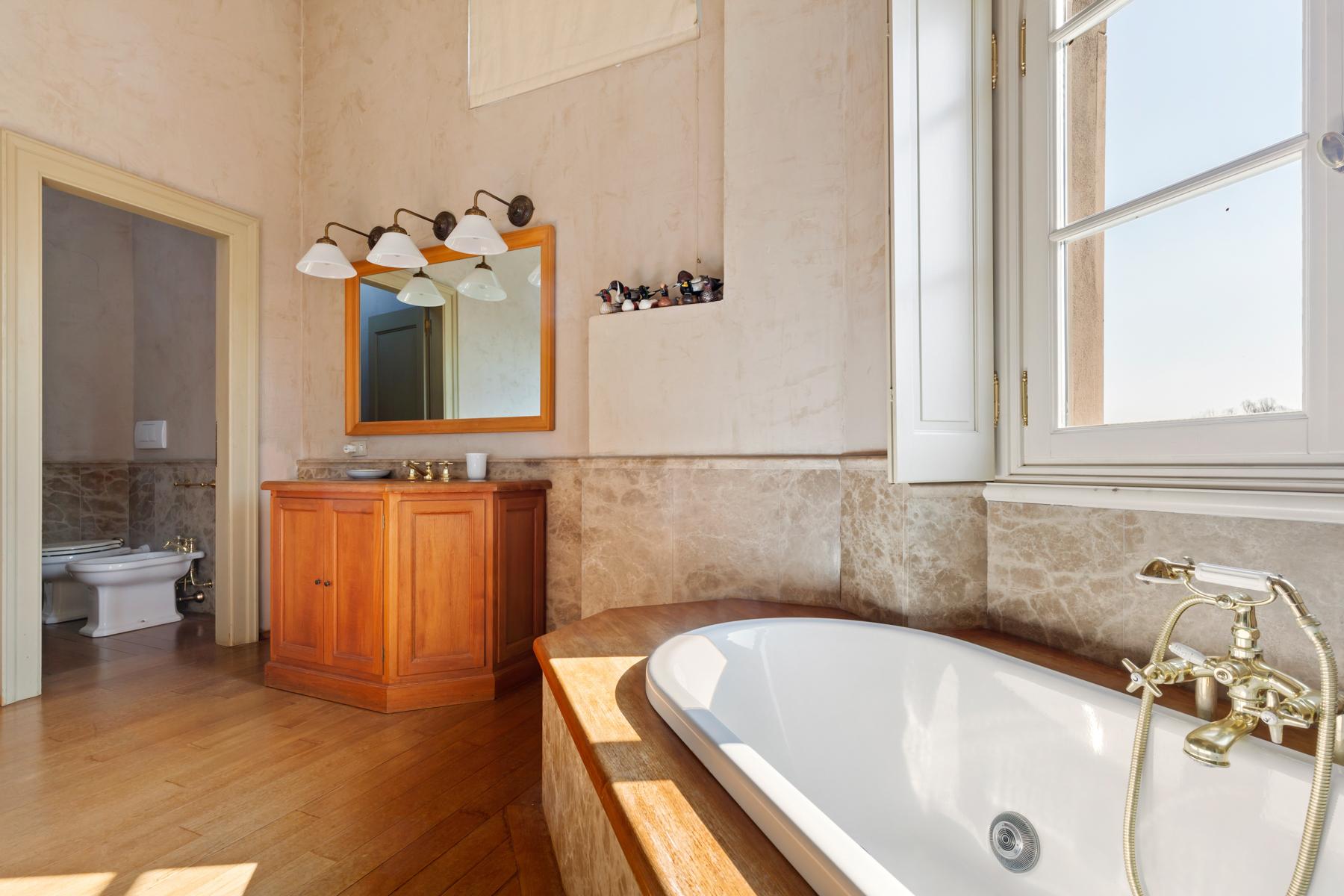 Villa in Vendita a Rognano: 5 locali, 797 mq - Foto 17
