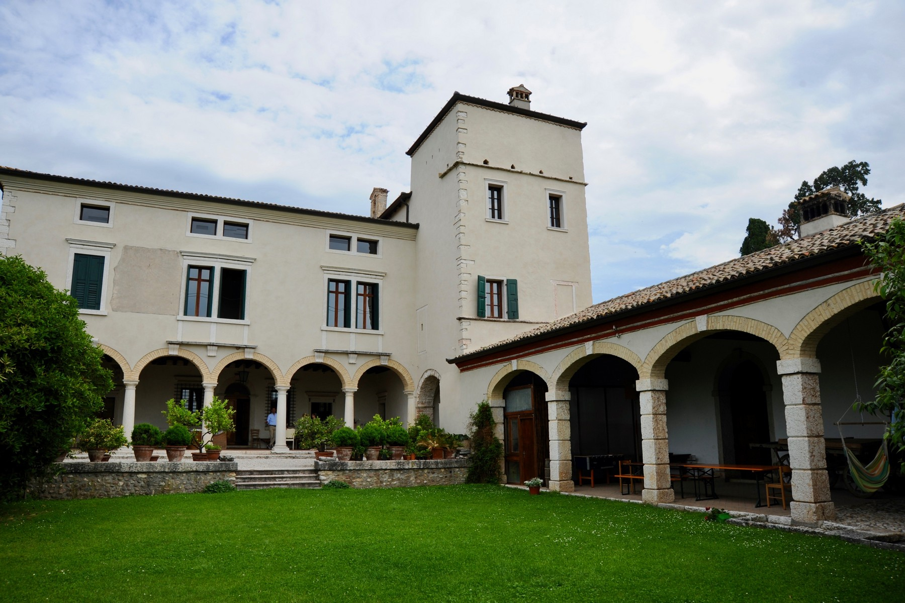 Villa in Vendita a Verona corso porta nuova