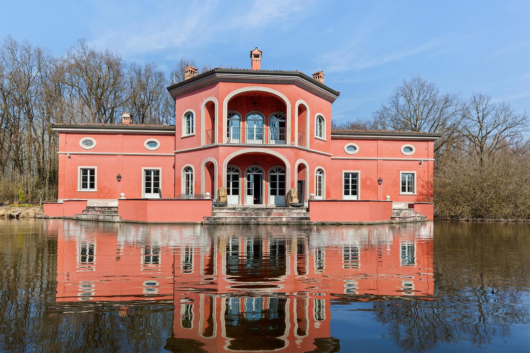Villa in Vendita a Rognano via delle mondine