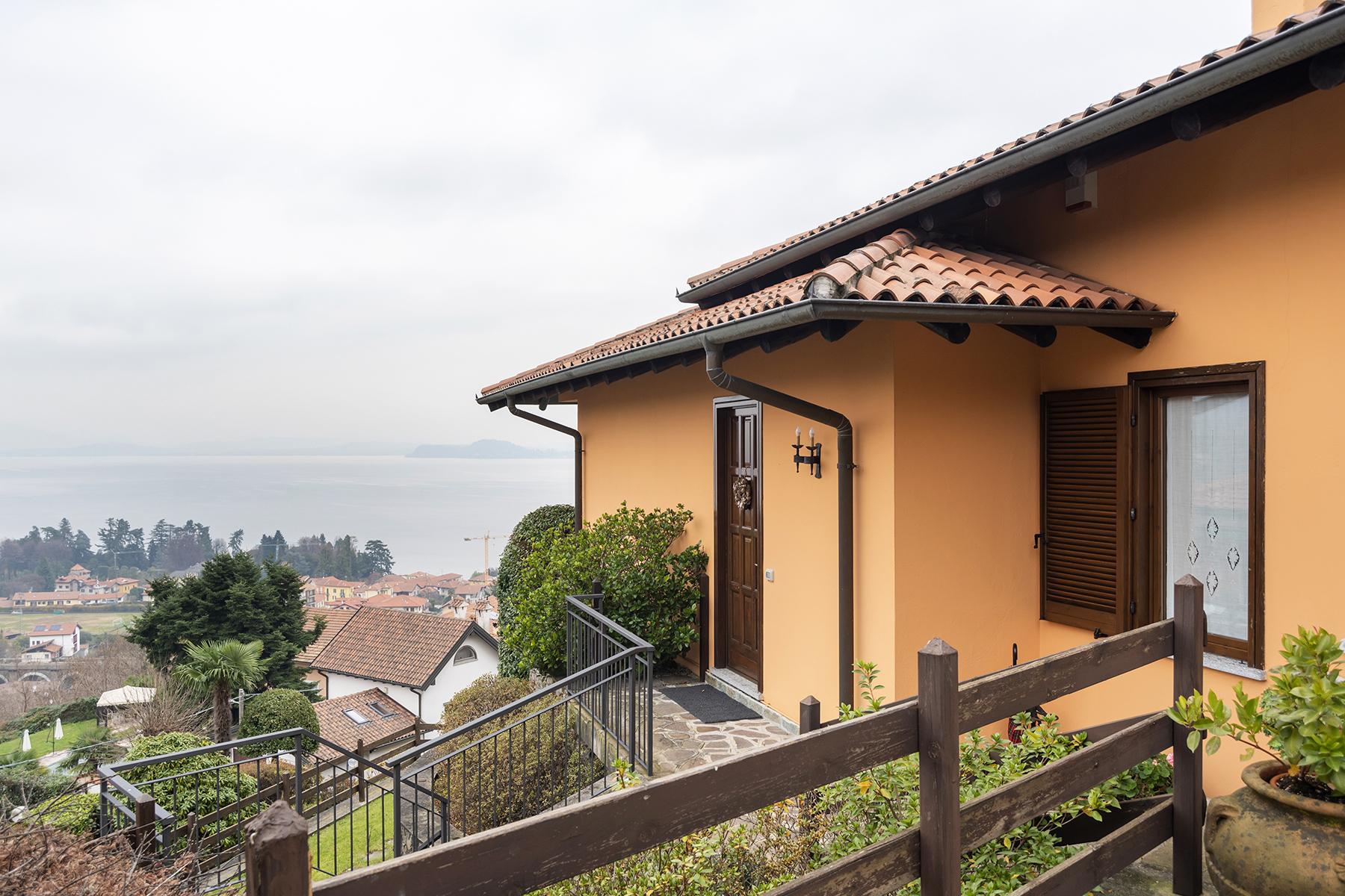 Villa in Vendita a Meina via moncalvo