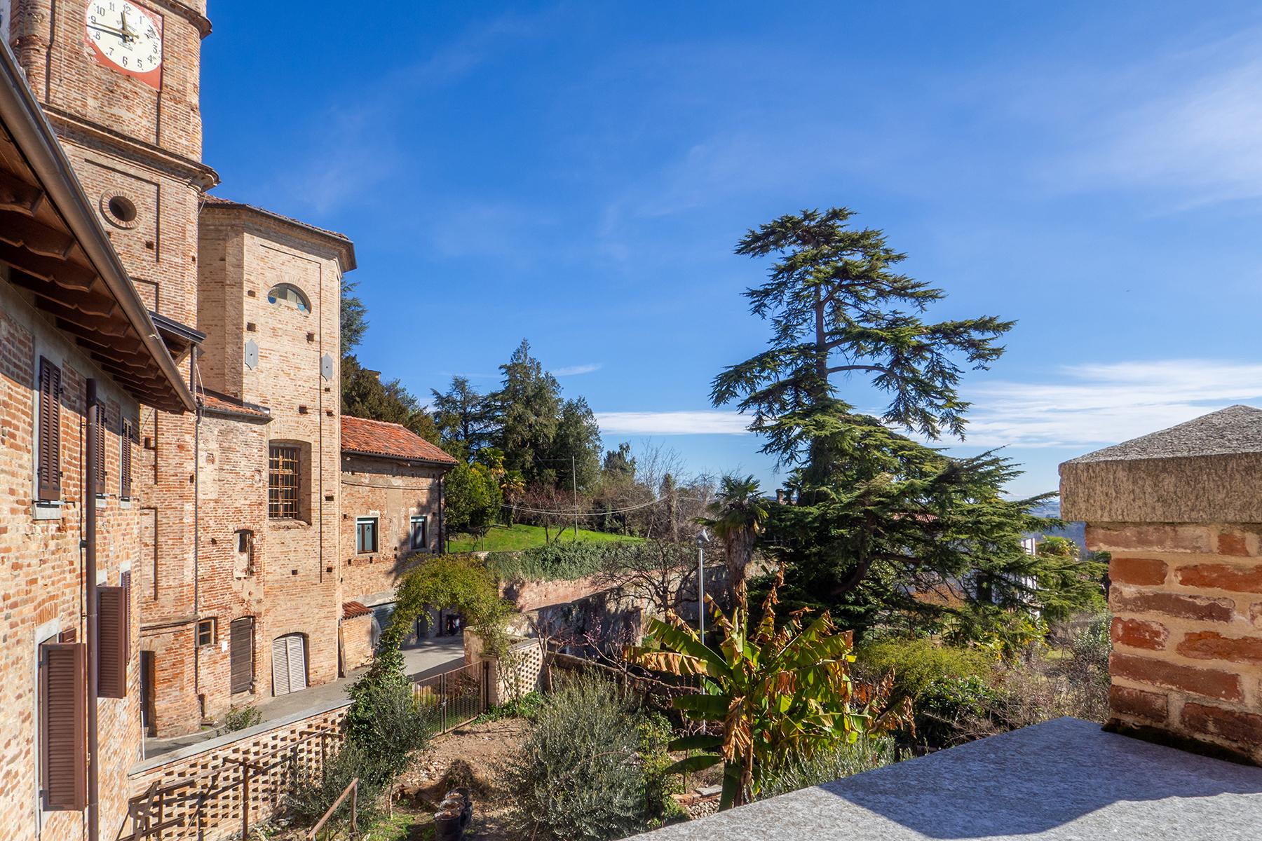 Casa indipendente in Vendita a Moncestino: 5 locali, 300 mq