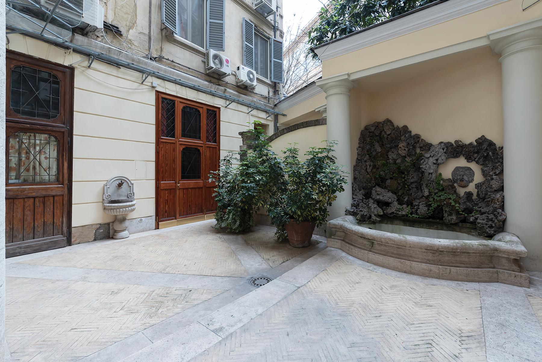 Appartamento in Vendita a Roma: 5 locali, 215 mq - Foto 6