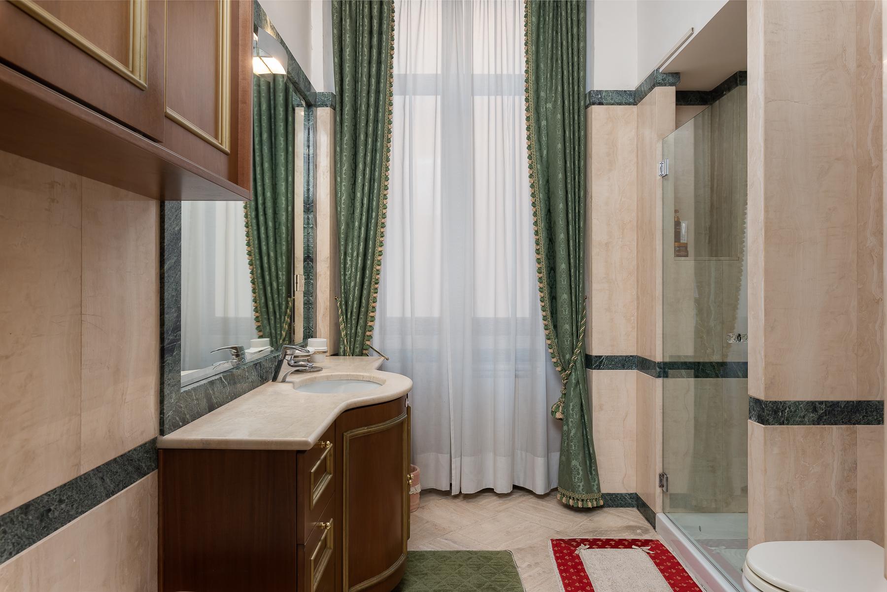 Appartamento in Vendita a Roma: 5 locali, 215 mq - Foto 12