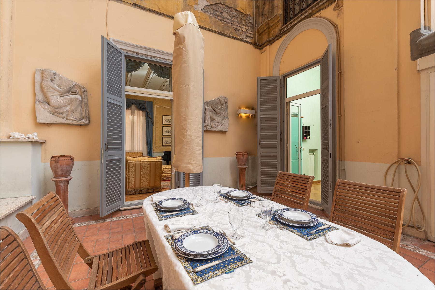 Appartamento in Vendita a Roma: 5 locali, 215 mq - Foto 3