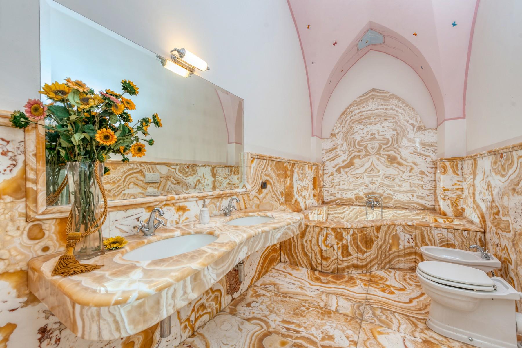 Palazzo in Vendita a Martano: 5 locali, 800 mq - Foto 10