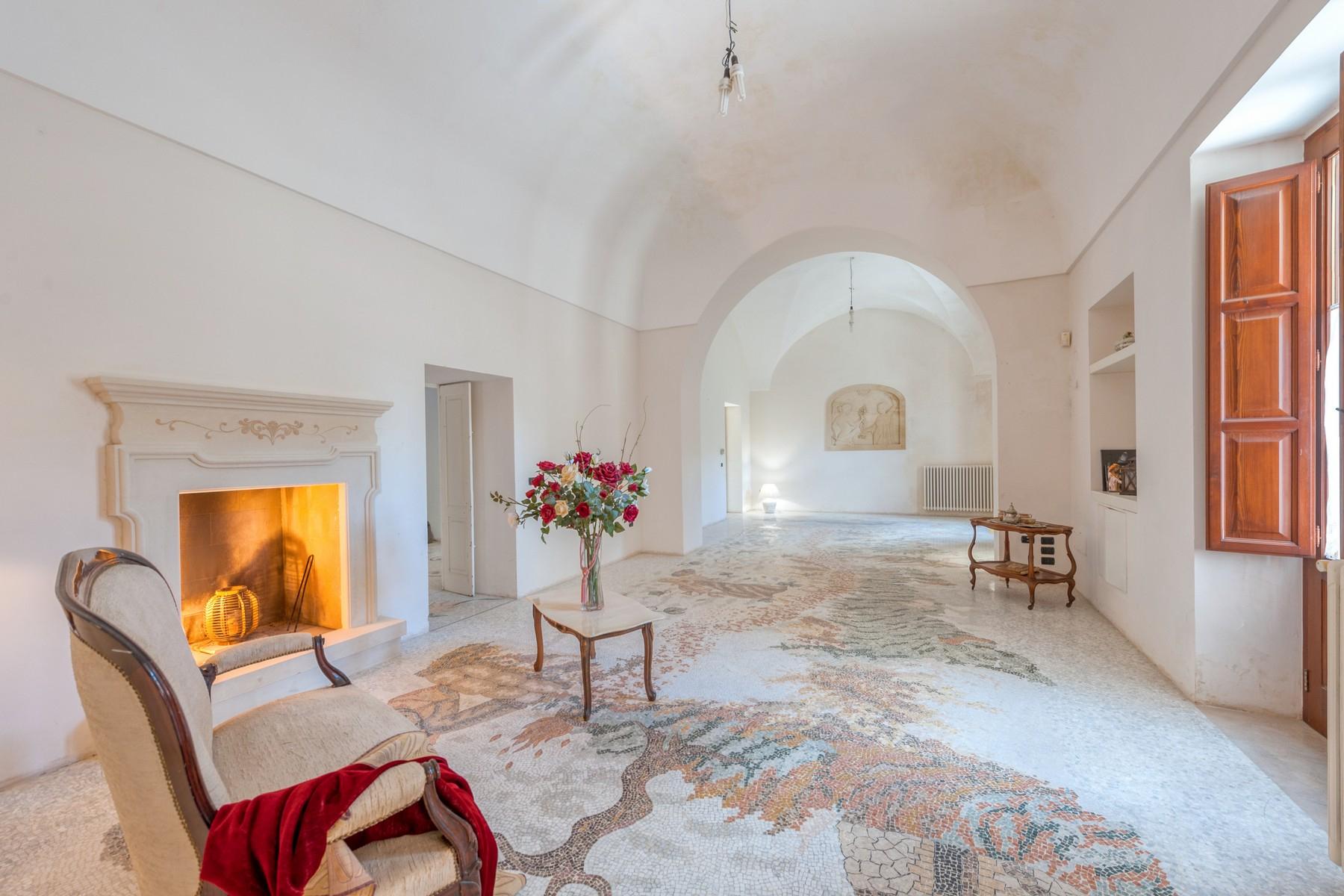 Palazzo in Vendita a Martano: 5 locali, 800 mq - Foto 4