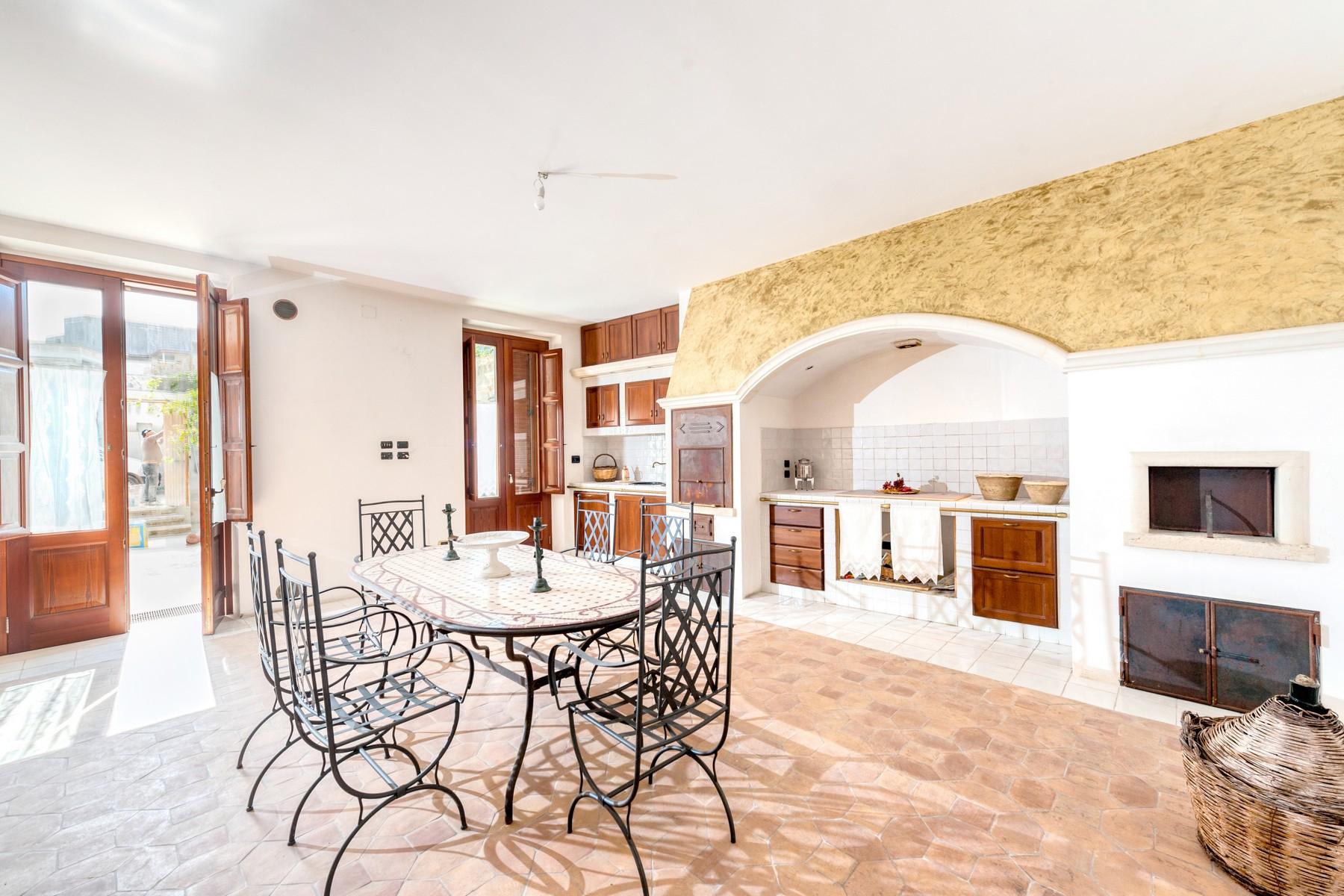 Palazzo in Vendita a Martano: 5 locali, 800 mq - Foto 7