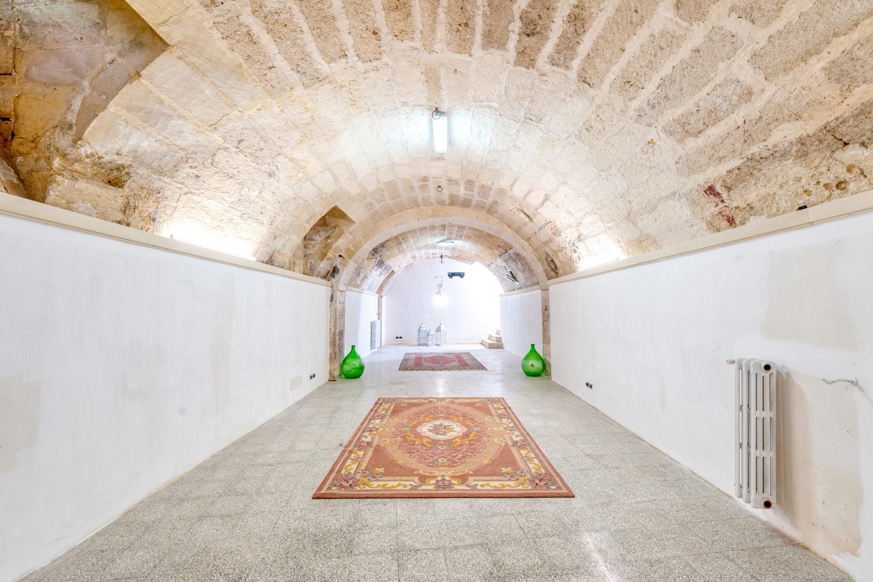 Palazzo in Vendita a Martano: 5 locali, 800 mq - Foto 24