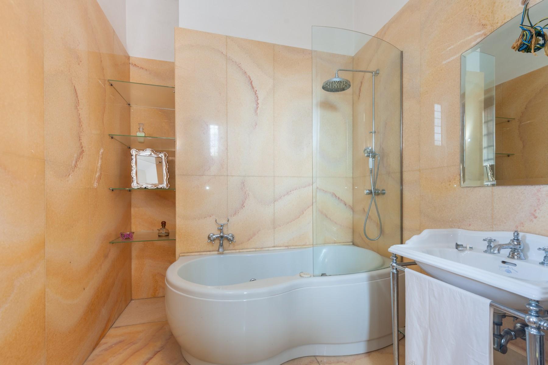 Palazzo in Vendita a Martano: 5 locali, 800 mq - Foto 26
