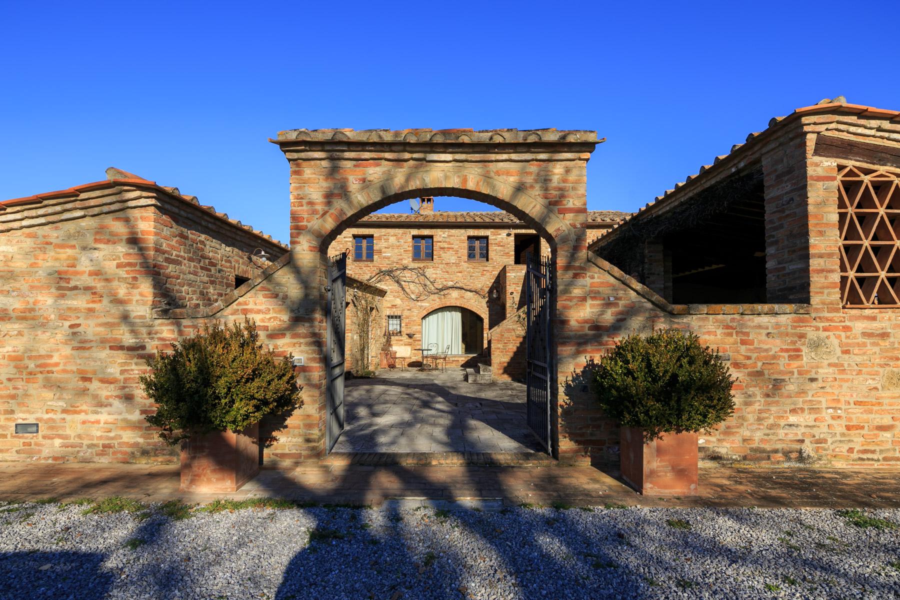 Villa in Vendita a Asciano: 5 locali, 430 mq