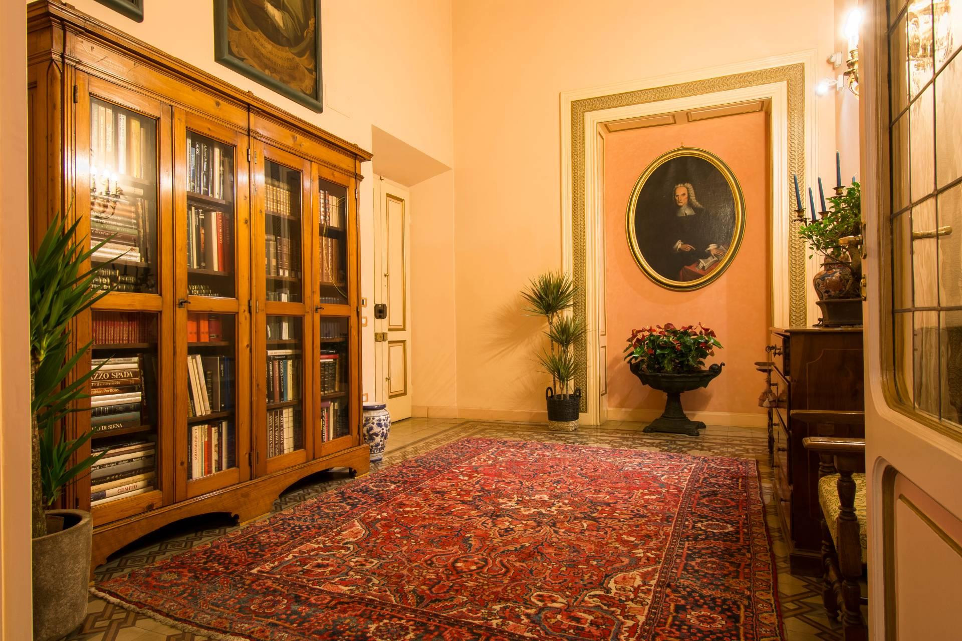 Appartamento in Vendita a Firenze: 5 locali, 680 mq - Foto 26