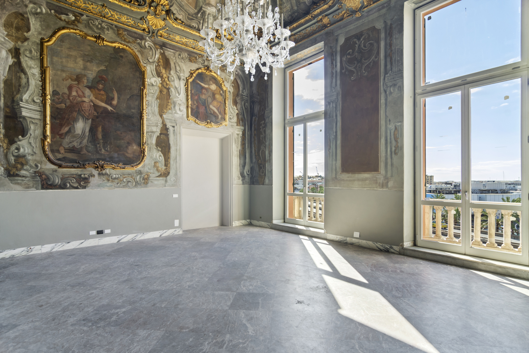 Appartamento in Vendita a Genova: 4 locali, 304 mq - Foto 2