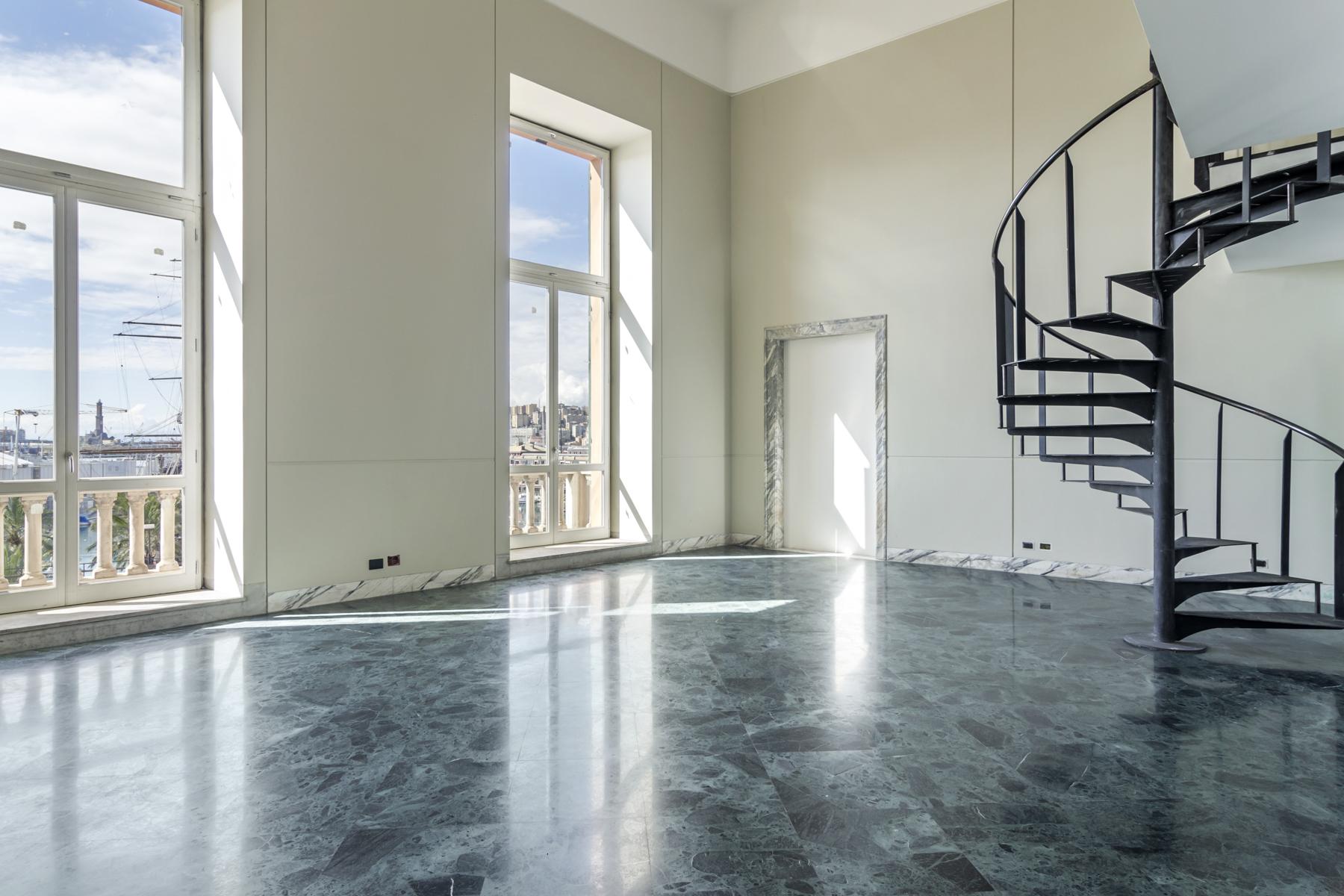 Appartamento in Vendita a Genova: 2 locali, 140 mq - Foto 2
