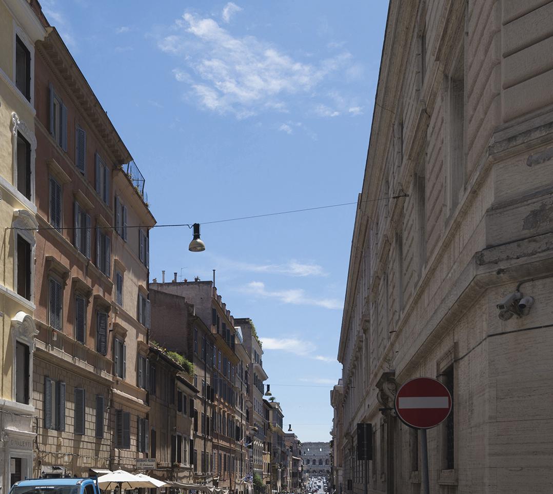 Negozio-locale in Vendita a Roma: 3 locali, 95 mq - Foto 2