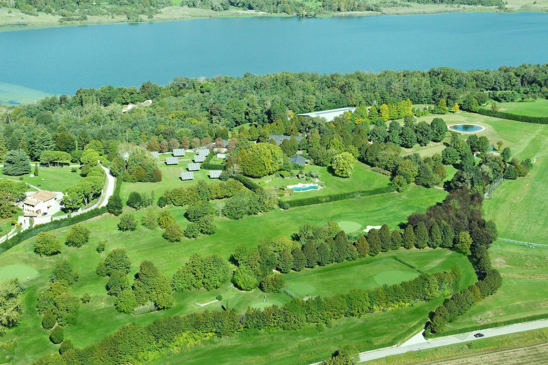 Villa in Vendita a Anzano Del Parco: 5 locali, 3400 mq - Foto 3