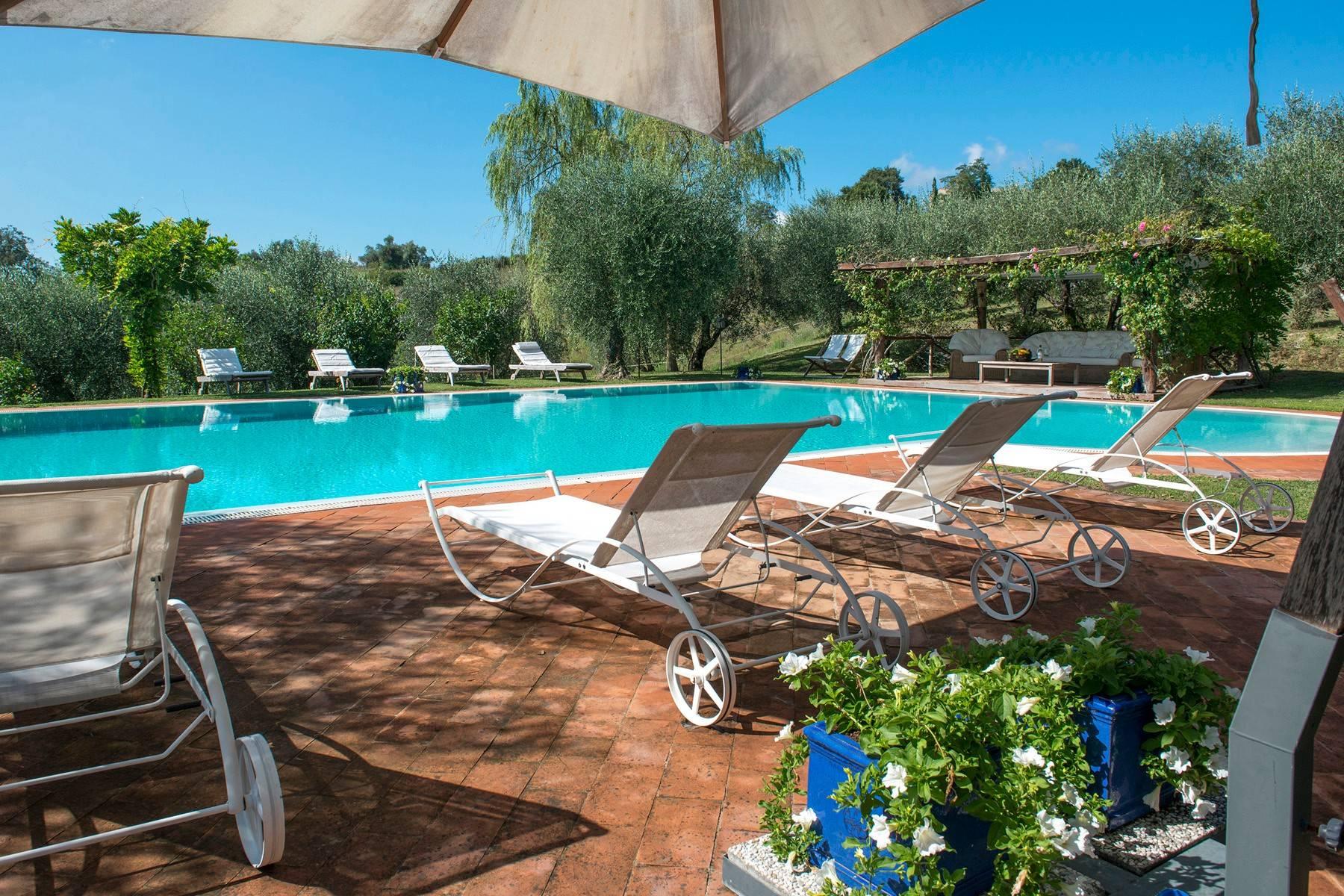 Villa in Vendita a Citta' Della Pieve: 5 locali, 350 mq - Foto 2
