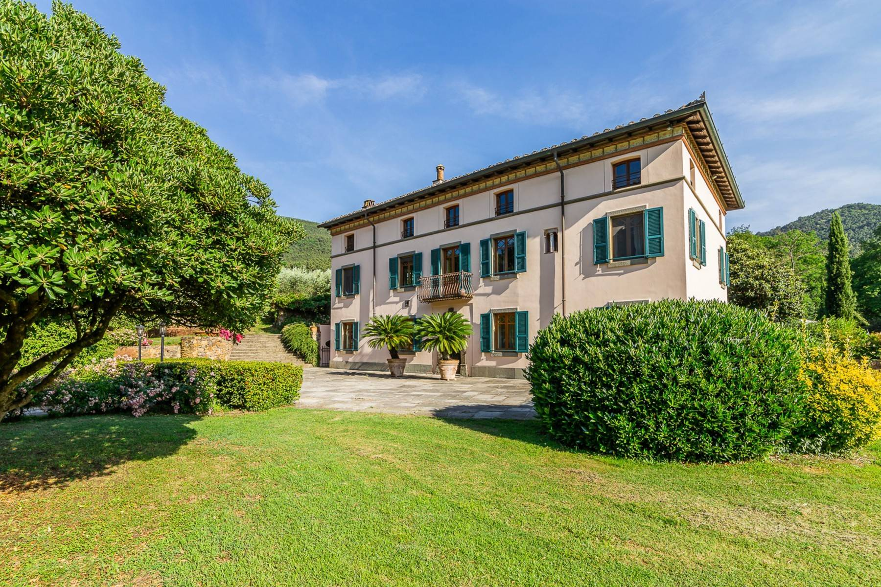 Villa in Vendita a Lucca: 5 locali, 1130 mq - Foto 5