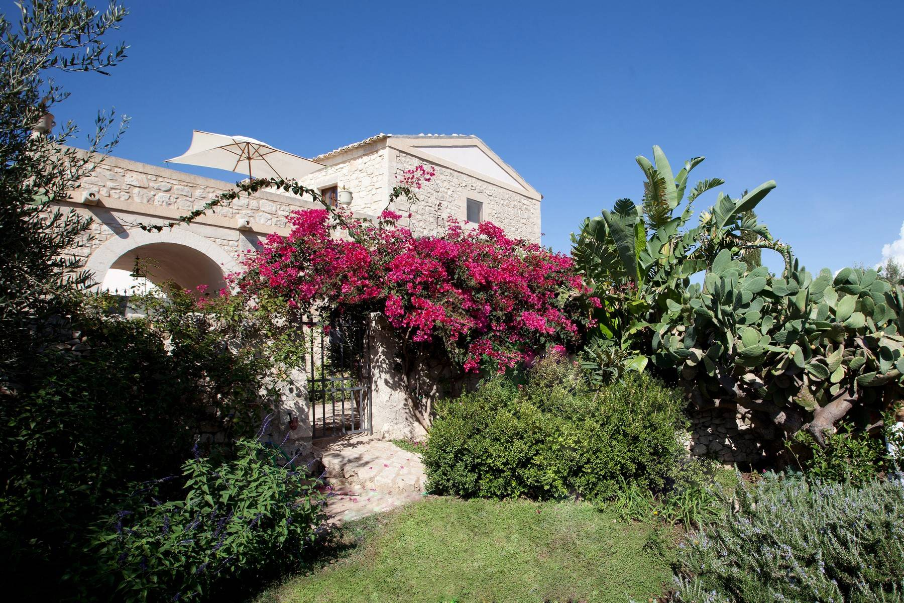 Villa in Vendita a Ragusa: 5 locali, 695 mq - Foto 5