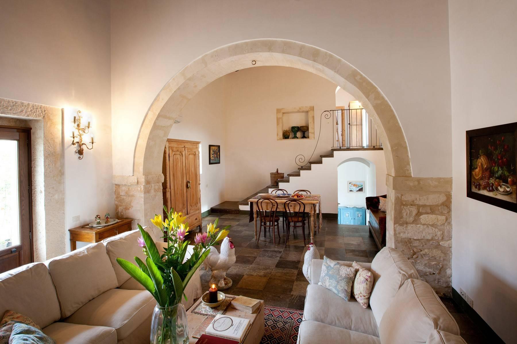 Villa in Vendita a Ragusa: 5 locali, 695 mq - Foto 10
