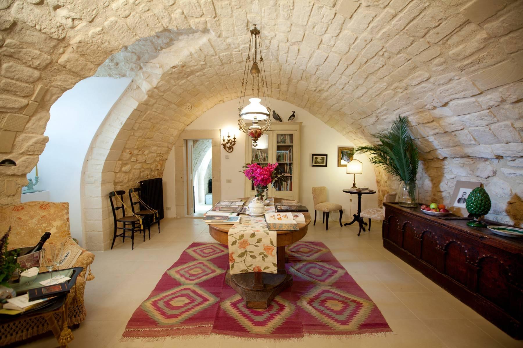 Villa in Vendita a Ragusa: 5 locali, 695 mq - Foto 1