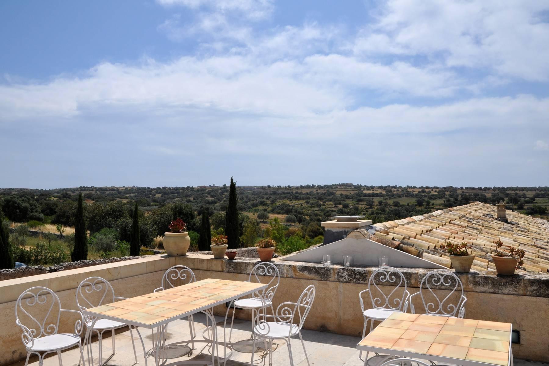 Villa in Vendita a Ragusa: 5 locali, 695 mq - Foto 4