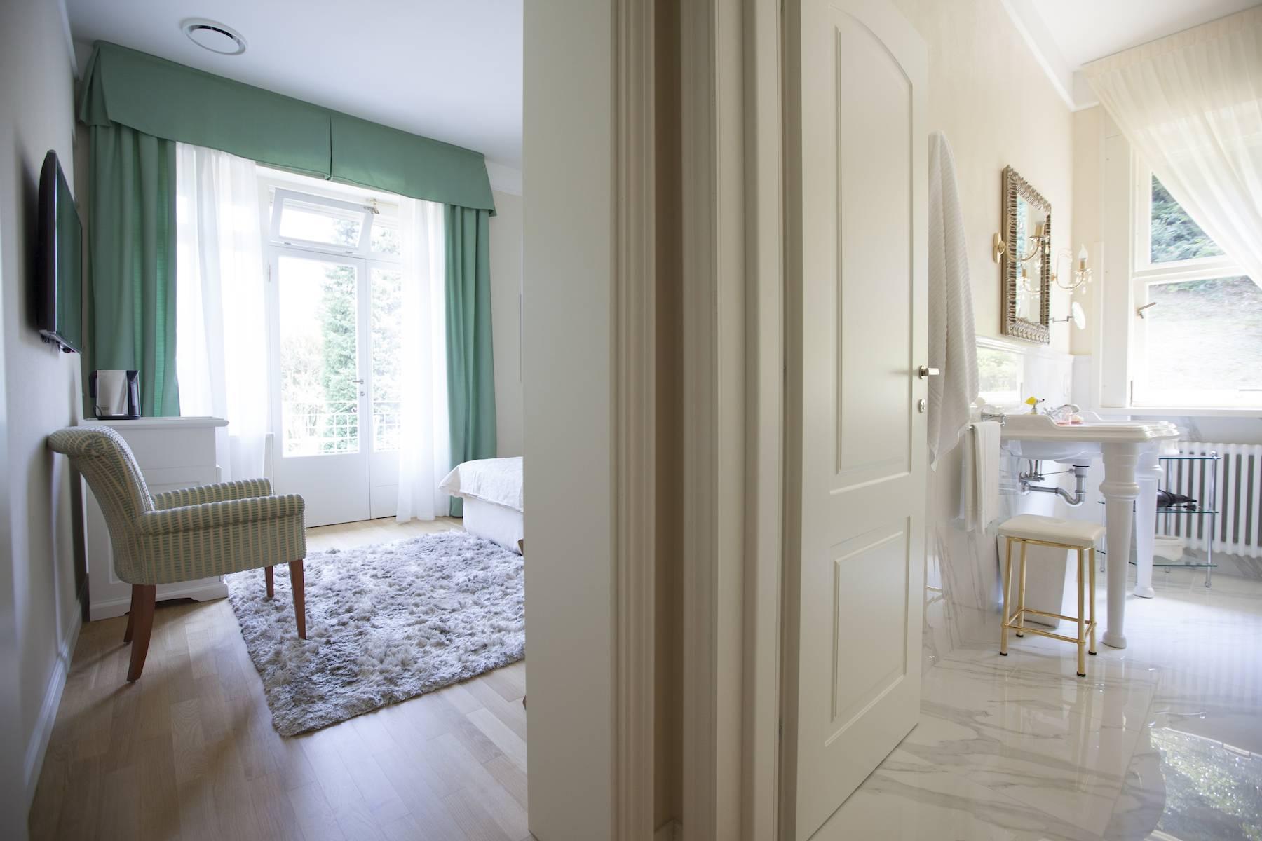 Villa in Affitto a Baveno: 5 locali, 600 mq - Foto 17