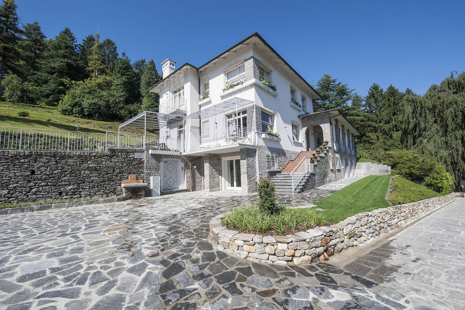 Villa in Affitto a Baveno: 5 locali, 600 mq - Foto 13