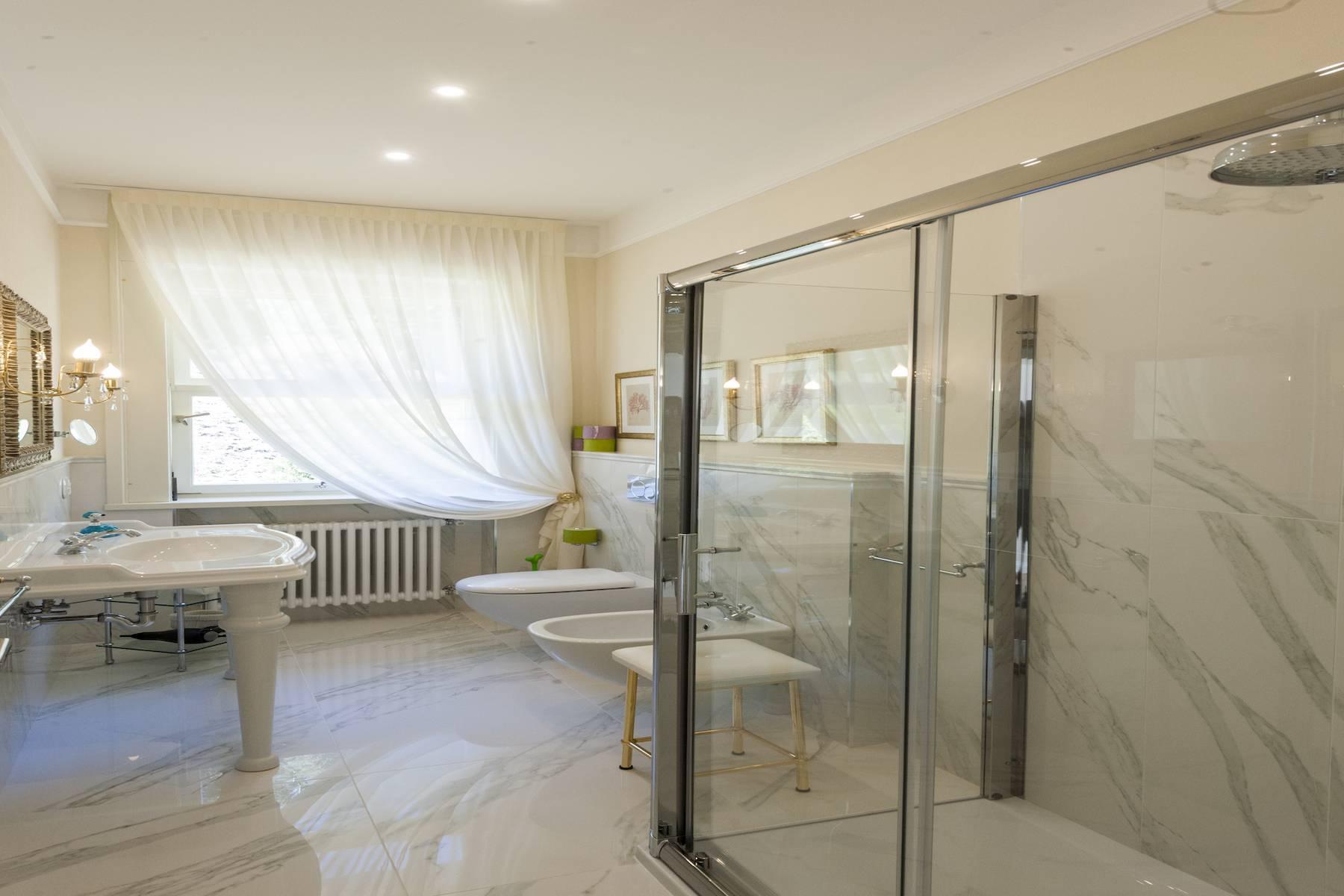 Villa in Affitto a Baveno: 5 locali, 600 mq - Foto 23