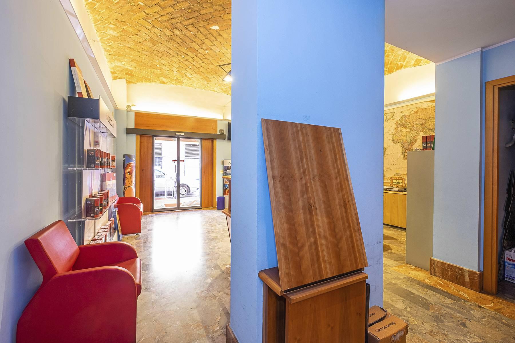 Negozio-locale in Vendita a Roma: 5 locali, 180 mq - Foto 16