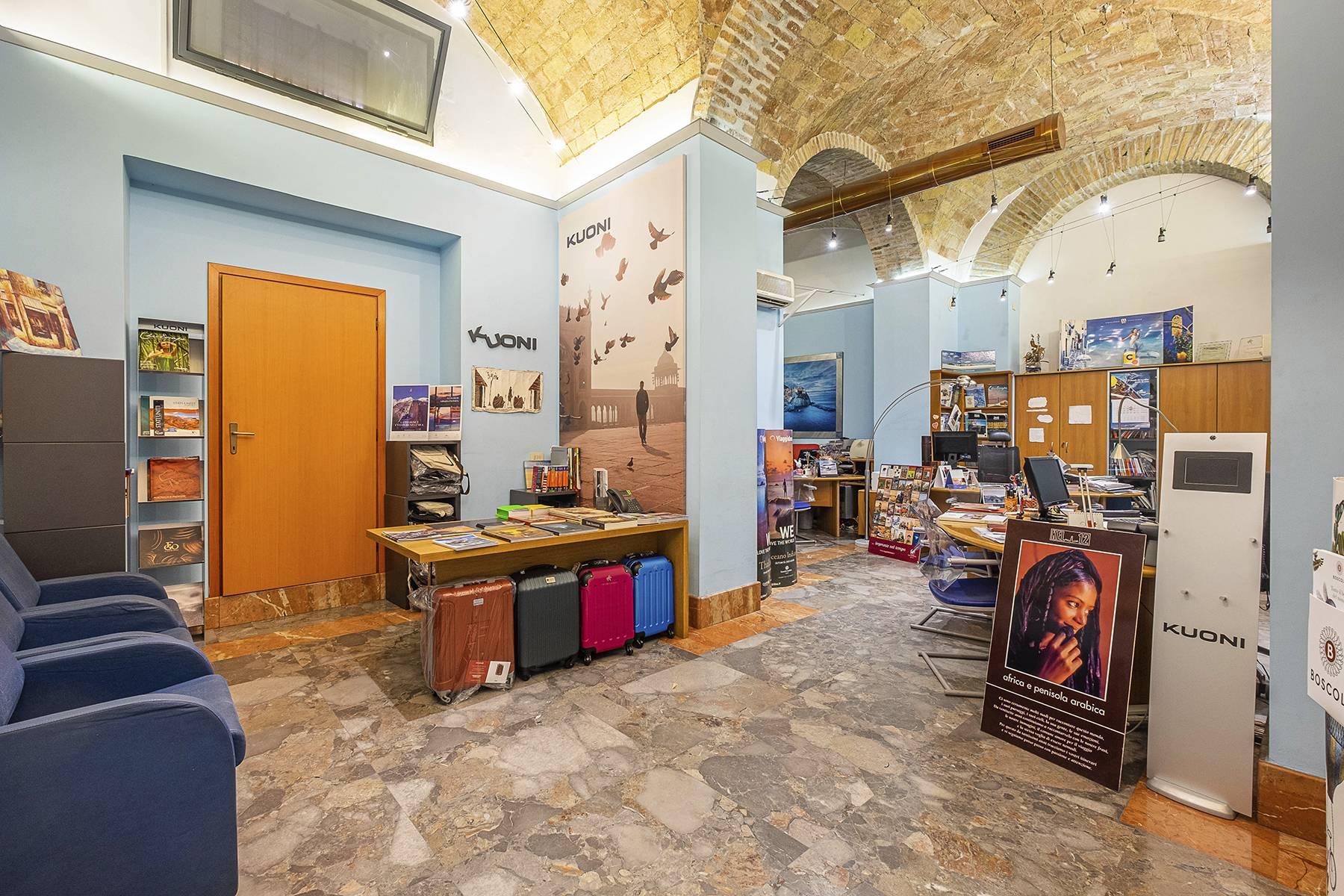 Negozio-locale in Vendita a Roma: 5 locali, 180 mq - Foto 19