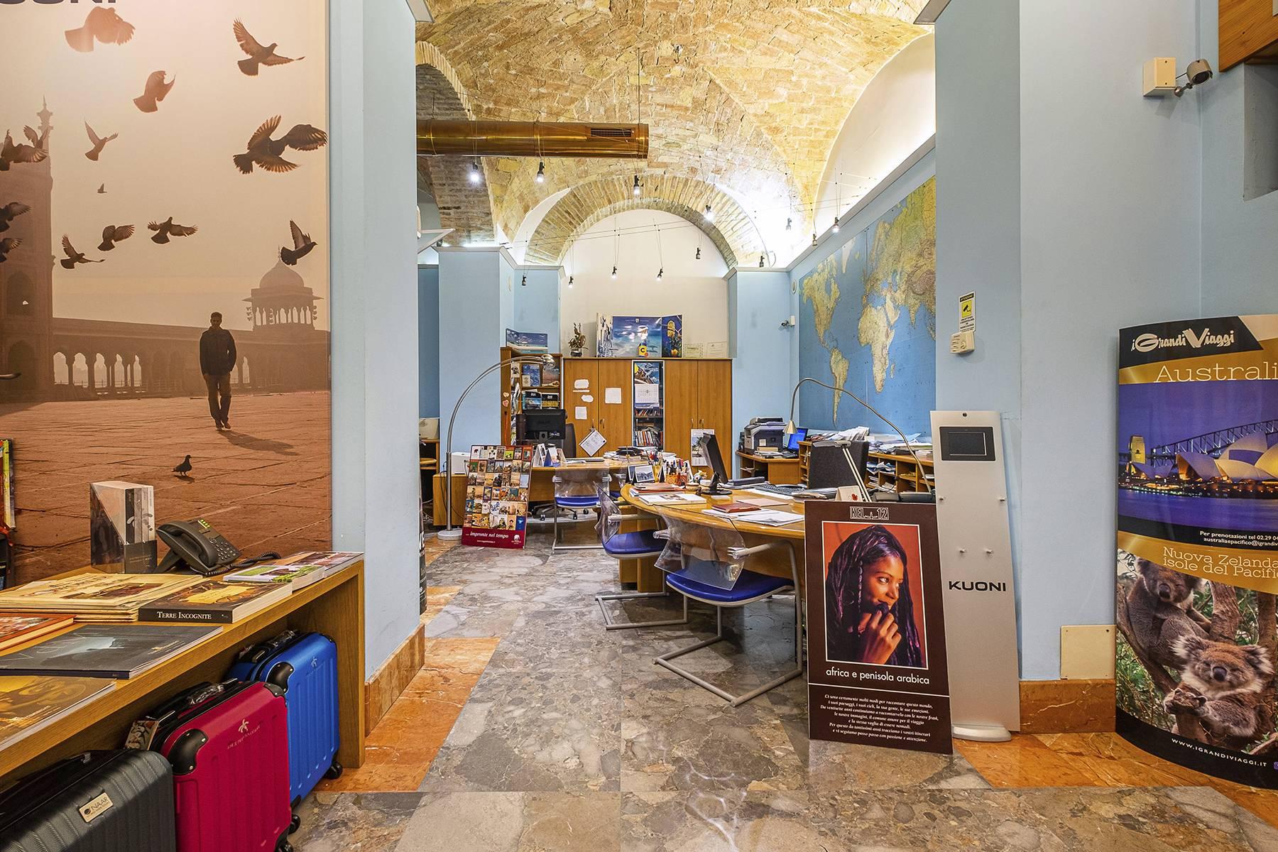 Negozio-locale in Vendita a Roma: 5 locali, 180 mq - Foto 20