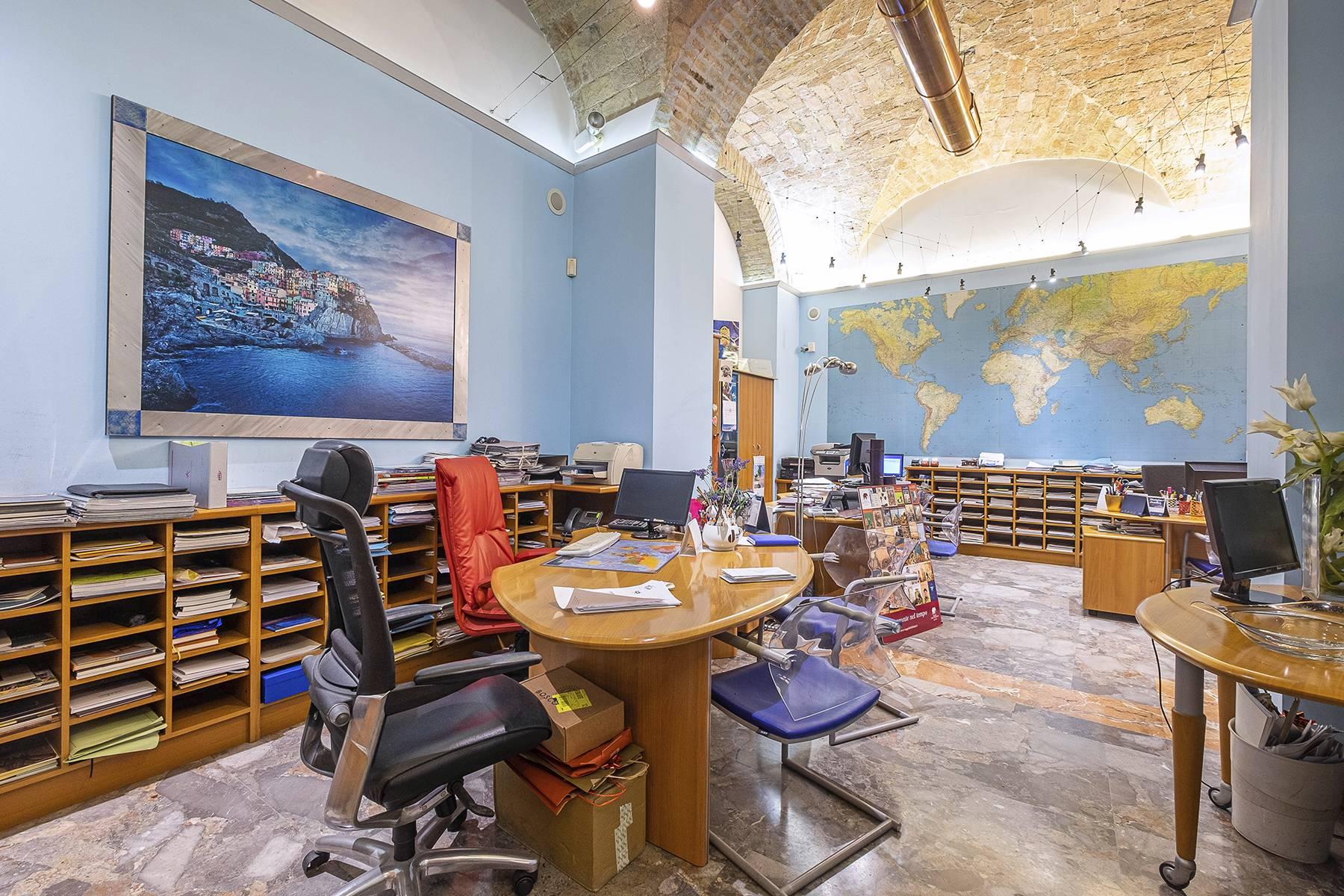 Negozio-locale in Vendita a Roma: 5 locali, 180 mq - Foto 25
