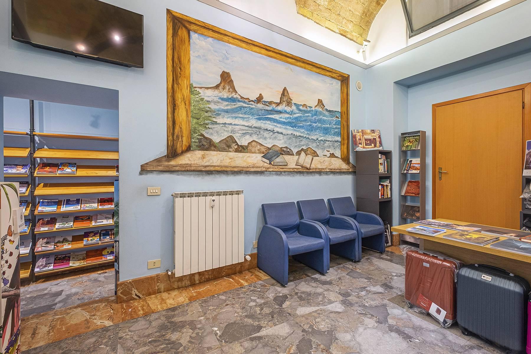 Negozio-locale in Vendita a Roma: 5 locali, 180 mq - Foto 5