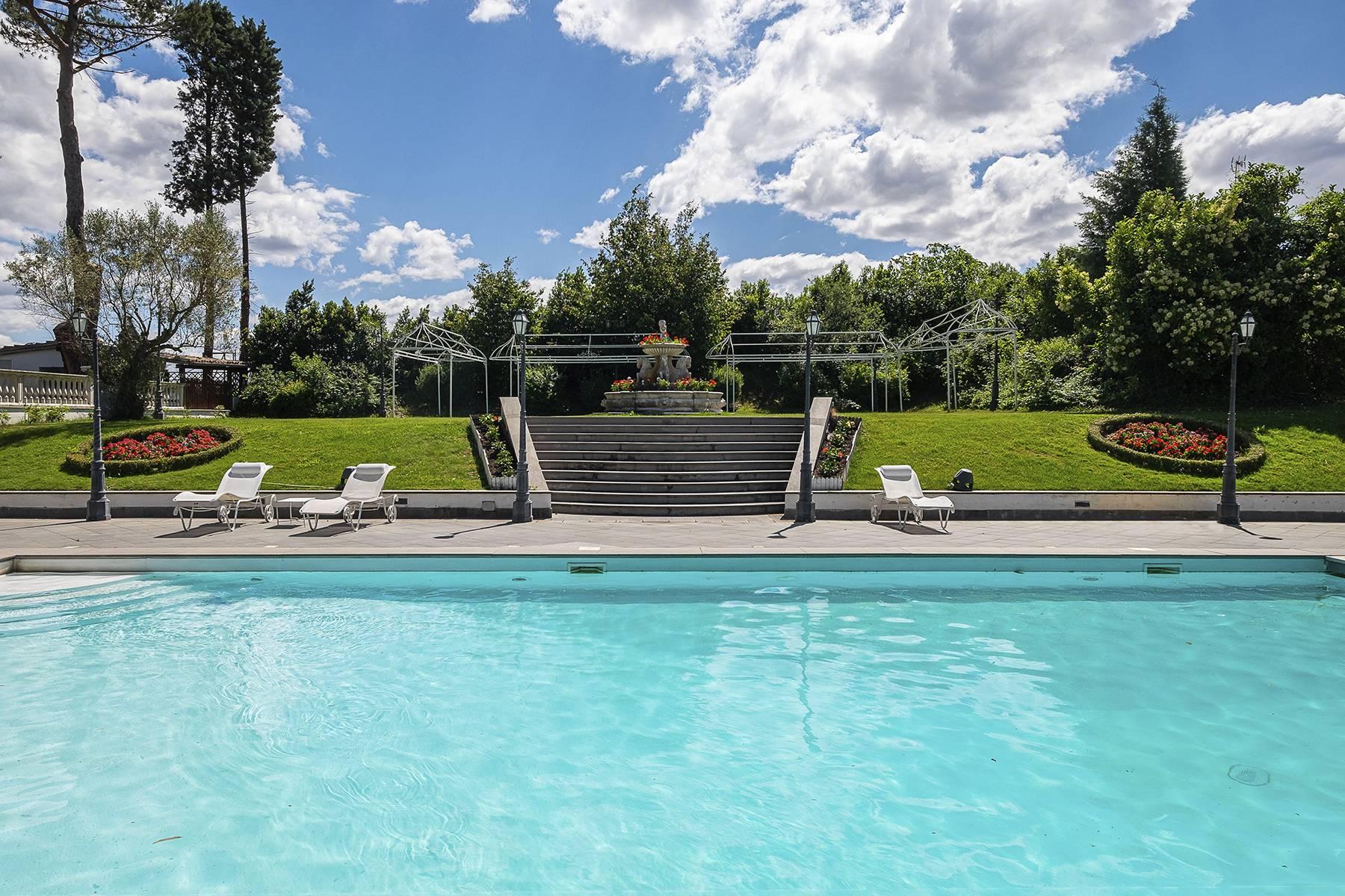 Villa in Vendita a Campagnano Di Roma: 5 locali, 680 mq