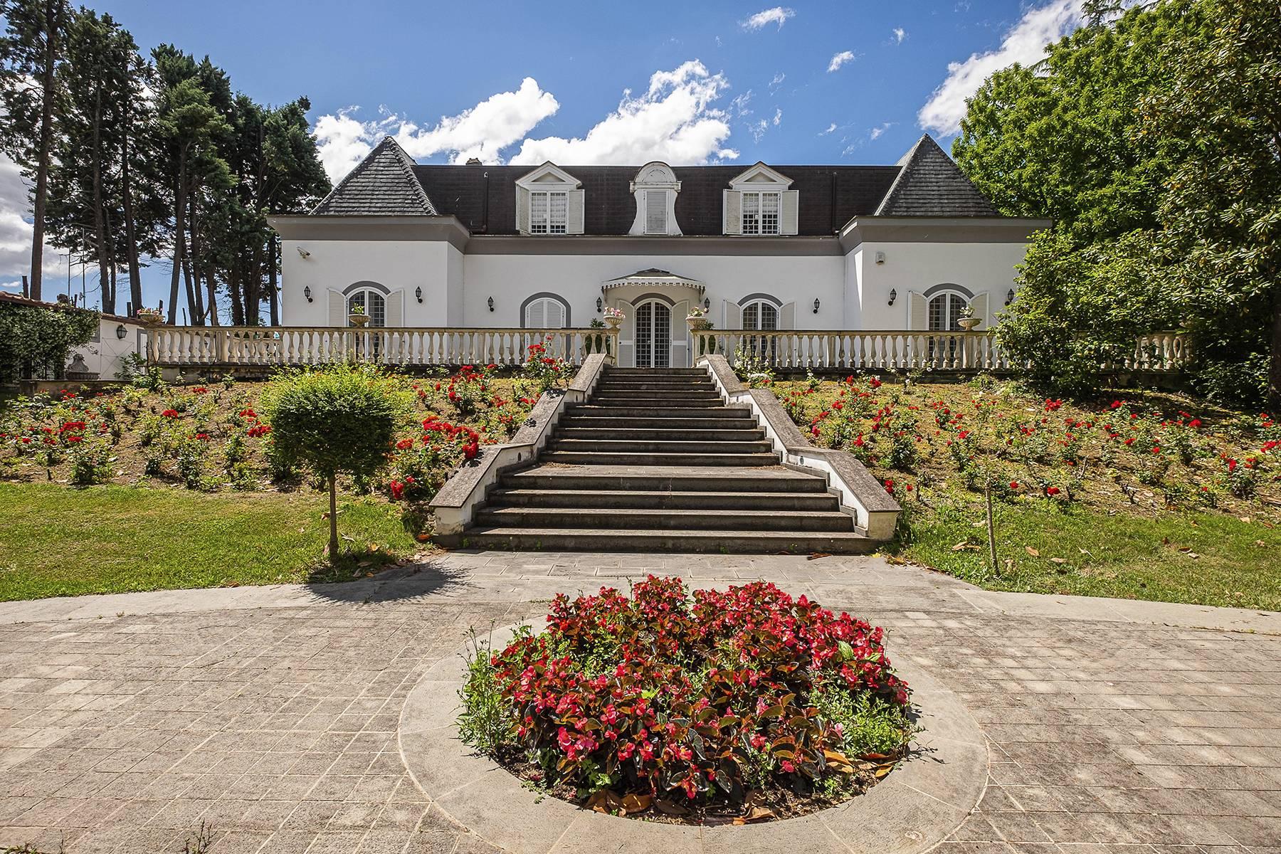 Villa in Vendita a Campagnano Di Roma: 5 locali, 680 mq - Foto 2