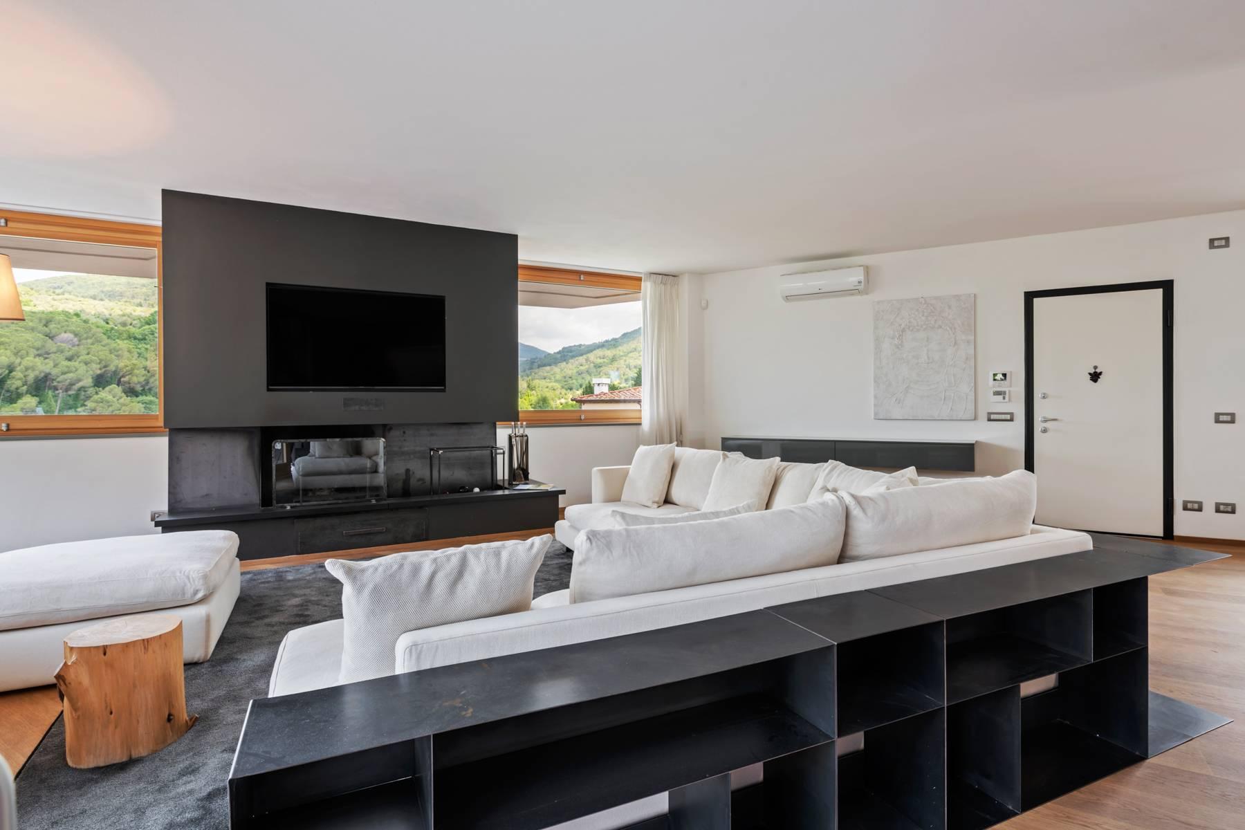 Appartamento in Vendita a Pontassieve: 5 locali, 300 mq