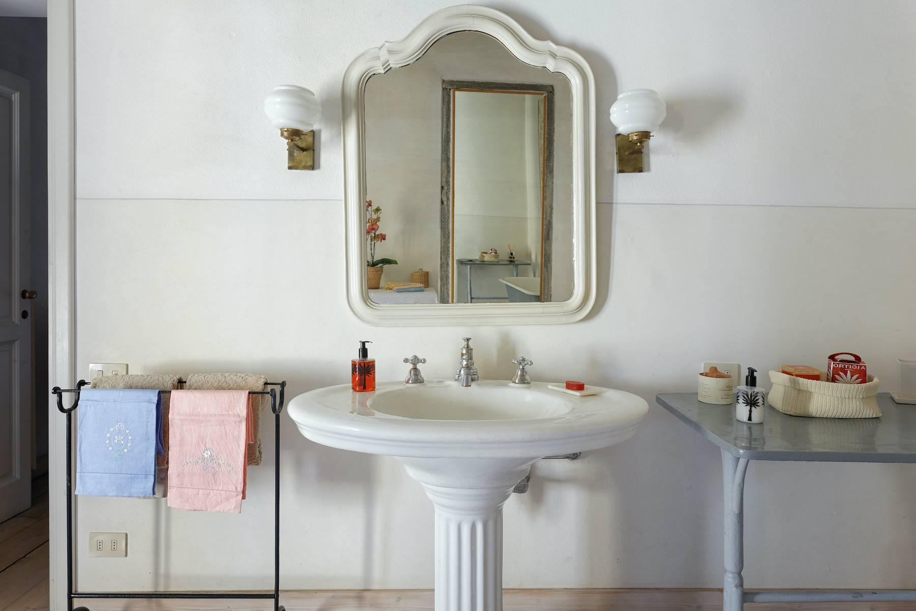 Appartamento in Affitto a Firenze: 4 locali, 135 mq - Foto 12