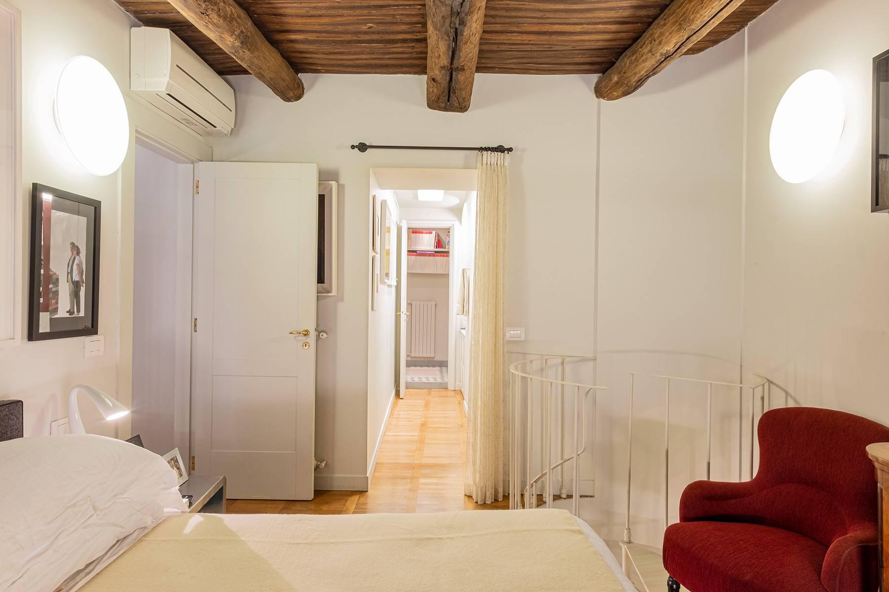 Appartamento in Vendita a Napoli: 5 locali, 240 mq - Foto 11