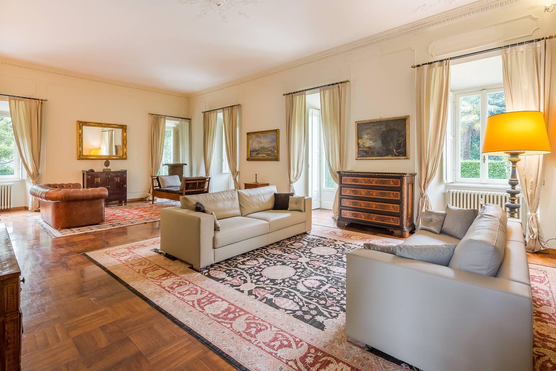 Villa in Vendita a Besana In Brianza: 5 locali, 1600 mq - Foto 9