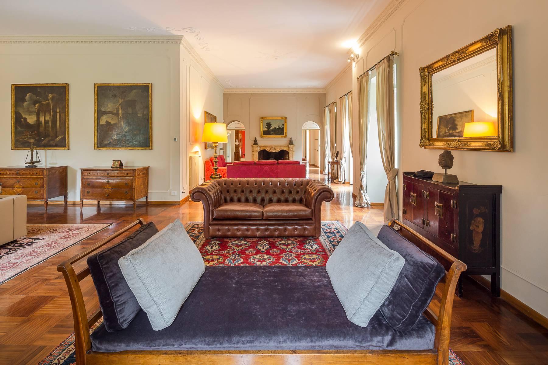 Villa in Vendita a Besana In Brianza: 5 locali, 1600 mq - Foto 13